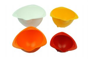 Children's Baking Mixing Bowls. Set of 4. Great for those little helping hands. S7364
